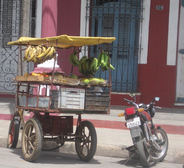 fruit cart cuban life ciego de avila